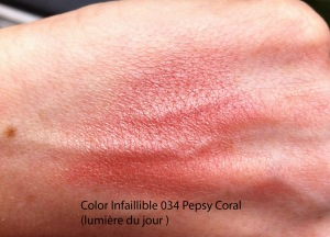 IMG_4056 swatch Color Infaillible 034 Pepsy Coral