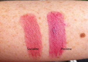 IMG_4079 swatchs lipstick Socialite, Preview