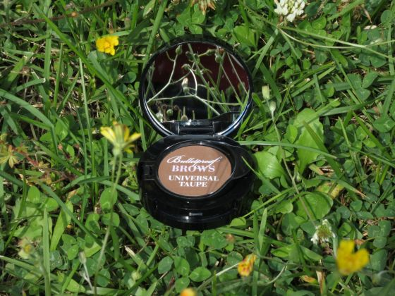 Bullet Proof, Too Faced, ouvert avec cache